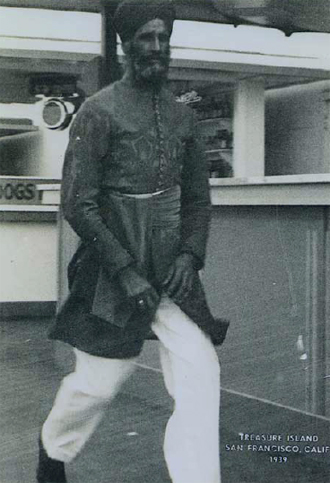 Gandi Singh Heir, arrived in 1914